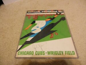 1968 Chicago Cubs Scorecard/Program w Autograph Ernie Banks + 1968 Topps Card