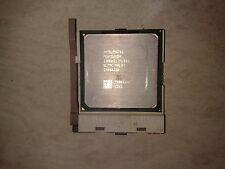 CPU PENTIUM 4 à 2,8GHZ. 1 Mo de cache. Sans ventilo.