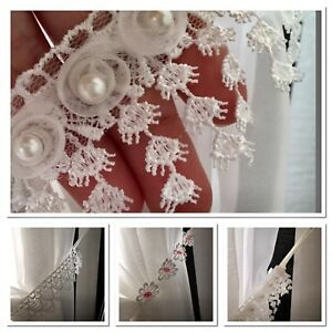 TIE BACKS (PAIR )BEADED,DAISY,WHITE-BEAUTIFUL-VOILE-CURTAIN-HOLD BACK FREE POST