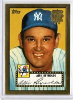 ALLIE REYNOLDS 2001 Topps Archives 1952 Reprint Gold #67 ($0.75 MAX SHIPPING)