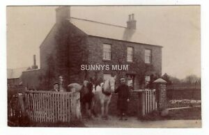 YORKSHIRE, THIRSK, COTTAGE, MEN WITH HORSES, RP