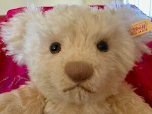 NEW WITH TAGS - STEIFF CLASSIC GENUINE MOHAIR BLONDE BEAR 004292