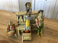 Vintage 1945 Unique Art Lil Abner and Dogpatch Band Tin Wind-up Toy