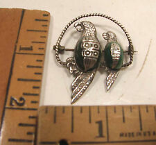 VINTAGE MEXICAN MEXICO STERLING SILVER & CALCITE PARROT LOVEBIRDS BROOCH PIN