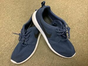 Nike Roshe Run Two Running Sneaker Navy White Shoes Mens Size 11.5 GENTLY USED