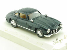 Solido 4502 MB Mercedes Benz 300 SL dunkelblau MIB 1/43 OVP 1411-28-07