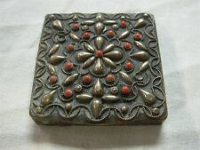 PRETTY VINTAGE SILVER FILIGREE BEADED POWDER COMPACT WITH RED GEMS