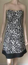 White House Black Market Floral Strapless Cocktail Sun Dress Size 6 Cotton Lined