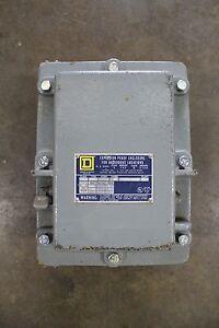 SQUARE D 8536 SCT2 EXPLOSION PROOF ENCLOSURE W/ SIZE 1P SZ1P MOTOR STARTER 230V