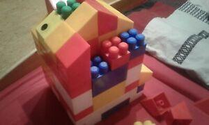 BIG XXL Bausteine Riesen Spielbausteine 70 Stück verschiedene Größen und Farben