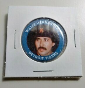 1984 Willie Hernandez baseball pin #79 Detroit Tigers