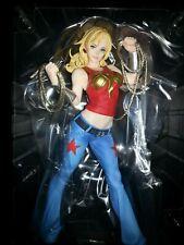 Kotobukiya - DC Comics Bishoujo Statue - Wonder Girl - Authentic