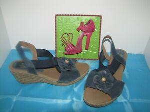NWOB Spring Step Blue Suede Wedge Heel Sandals - 9