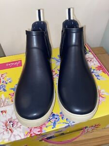Joules Size 8 Plain Navy Rain Well Boots Wellibobs - New with Box! Lovely boots