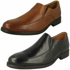 Mens Clarks Smart Loafer Style Shoes * Whiddon Step *