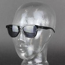 Occhiali da sole da donna con montatura in grigio Oakley