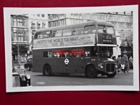 PHOTO  LONDON TRANSPORT ROUTEMASTER BUS NO RM2187 ON ROUTE 3