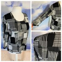 Ladies Black White Top Size 20 JUST ELEGANCE 3/4 Sleeves Lined Stretchy Smart