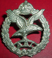 CAP BADGE-ORIGINAL WW2 ISSUE ARMY AIR CORPS GUARANTEED WW2 EXAMPLE