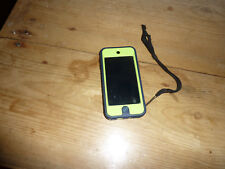 Itouch 6th generation with otterbox case