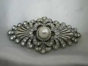 Vintage Signed TIE RACK Sparkly Glass Faux Pearl Art Deco Silver Tone Brooch Pin