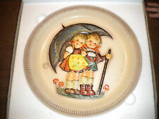 M.J.Hummel 1rst edition 1975 plate in box Very Nice Plate Take A L@K
