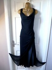 LADIES STUNNING BLACK DRESS EVENING/ CHRISTMAS / PARTY SIZE 18 FROM WALLIS