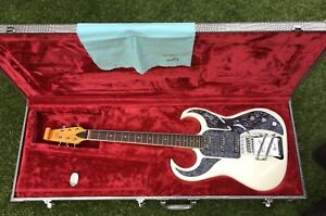 BURNS BISON 64 ANNIVERSARY RE-ISSUE - REZO-MATIC P/UPS,TWIN SELECTORS, HARD CASE