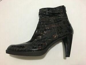 Stuart Weitzman Booties - Crocodile - Chocolate Brown - Buckle - Boots - Sz 8 M