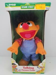 Vintage TYCO 1995 Sesame Street Talking Farmer Ernie Plush Toy Muppet NIB (Elmo)