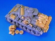 Legend 1/35 Panzer III Sd.Kfz.141 Tank Stowage and Accessories Set WWII LF1164