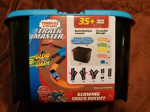 Mattel Thomas And Friends Track Master Glow In The Dark Track Bucket 35+ Pieces