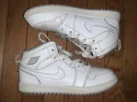 Nike Air Jordan Retro 1  White Wolf Gray Size 3Y 640734-112
