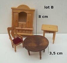 lot meubles et divers miniature,maison de poupée,vitrine,meuble salon *OCC3-B