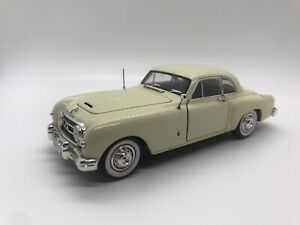 Signature 1953 Nash Die Cast Model Car