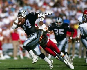 NFL 1988 Oakland Raiders Bo Jackson on the Move Color 8 X 10 Photo Picture