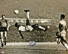 Pele Authentic Signed 16x20 Soccer Photo Bicycle Kick Beckett BAS Middle Blue
