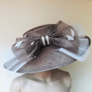NEW Beige Taupe Cream Race Day Wedding Mother Of The Bride Hat Accessories