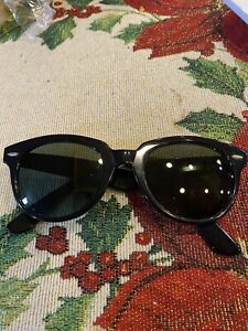 Vintage Ray Ban Bausch & Lomb Wayfarer Dallas Sunglasses Preowned