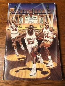 1988-89 Chicago Bulls Media Guide NBA Basketball Michael Jordan Pippen Year Book