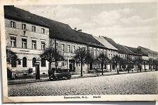 19077 AK Sonnewalde NL Markt mit Postamt und Gasthof und Auto um 1918