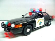 California Highway Patrol Ford Crown Victoria POLICE Trooper 1/18 Lights & SIREN
