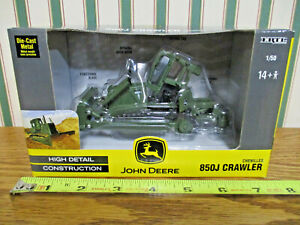 John Deere 850J Dozer With Ripper & Blade Military Version By Ertl 1/50th Scale>