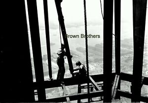 1911 NYC Daredevil Workers Position Beams Dangerous! Glass Photo Camera Negative