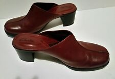CLARKS SLIP ON CLOG LEATHER SHOES Women's Size  7.5 WINE RED #74488