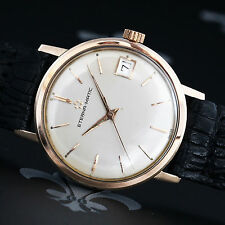Polished Solid Gold Case Wristwatches with Date Indicator
