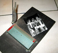 Alte selbstgebaute Schneidevorrichtung für gezackte Bilder, ca. 50-60 Jahre alt