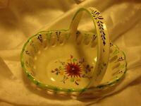 Vtg Hand-Painted Vestal Ceramic Basket Made in Portugal White Green Floral   405