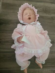 LEE MIDDLETON DOLL FIRST BORN (SLEEPING) GINGHAM & LACE #46 BABY DOLL with tags