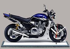 MOTO, YAMAHA 1300 XJR, EN HORLOGE MINIATURE-04